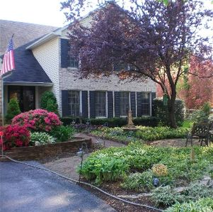 Photo for Handsome home in Annapolis Cove, about 4 miles from the City Dock and the Naval Acedemy has four bedrooms and a finished basement; there are 3.5 bathrooms.