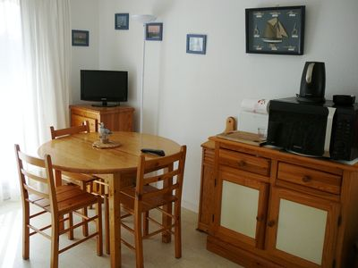 Photo for Apartment quiet, bright, 2nd floor, 100 m from the beach in Arcachon.