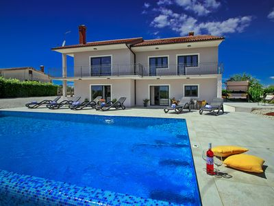 Photo for Villa Elena is a peaceful oasis for relaxation