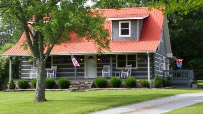 """Photo for Southern Country """"Cowboy"""" Hospitality at the Twin Oaks Ranch Nashville TN"""