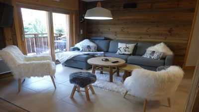 Photo for Superb apartment sleeps 12 at the foot of a track-covered parking near ESF
