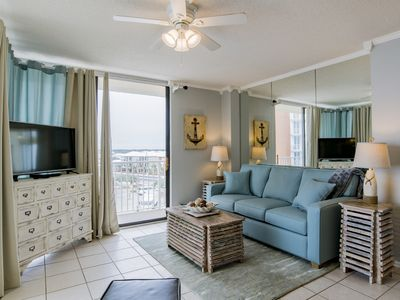 Photo for On The Beach!-Gulf View! Close to Restaurants! Book now for Spring and Summer!