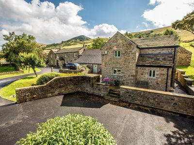 Photo for Superb, pet friendly cottage at Back Tor Farm in the heart of Peak District