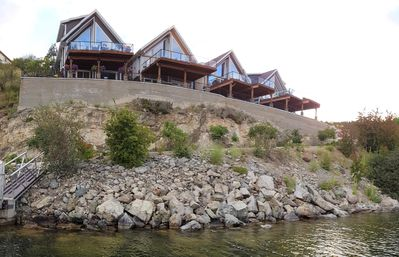 Photo for Lake Front Cottage with unobstructed lake views