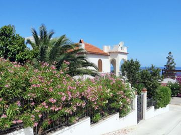 Search 428 holiday rentals
