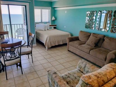 Photo for Updated Oceanfront Queen Suite~Palace 1004