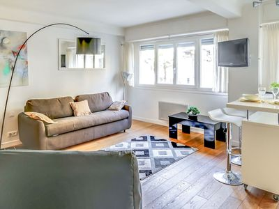 Photo for Cosy apartment for 2 people with WIFI, A/C and TV