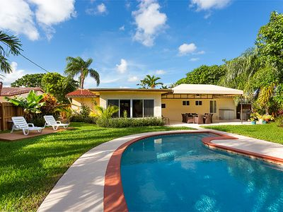 Deerfield Beach Surfside has a big and very private yard