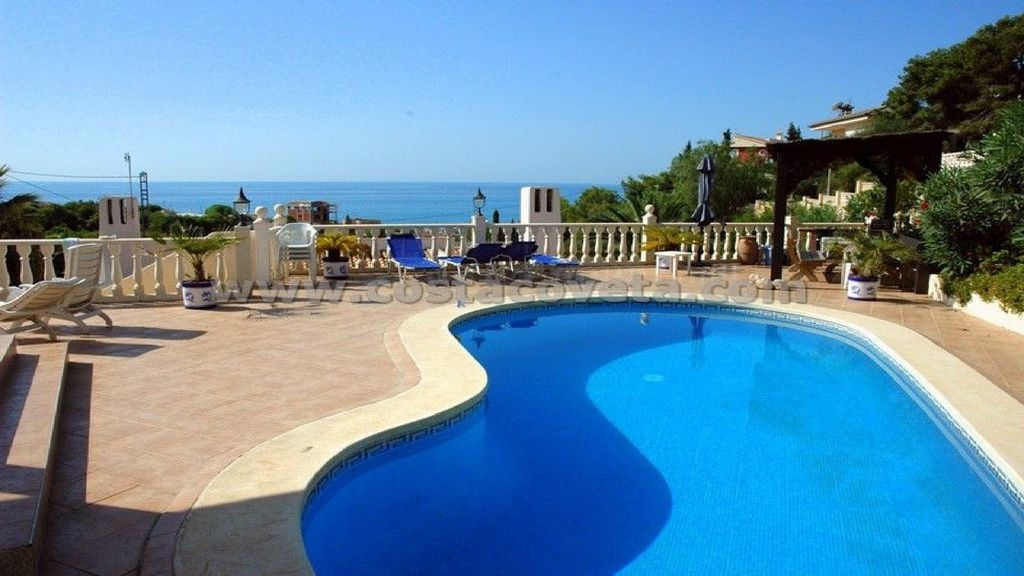 New Great Villa With Sea View And Swimming Pool 8177641