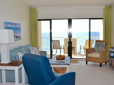 Photo for Great vacation rental with a beautiful beach view.
