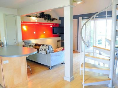 Photo for Modern Loft in the Heart of Austin! Quiet and Cozy!