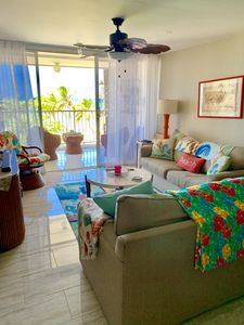 Photo for Beautifully remodeled Ocean Front 2 bed/2 bath on Isla Verde Beach.