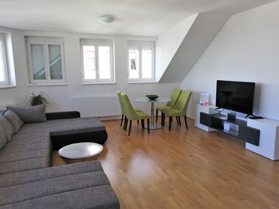 Photo for 2BR Apartment Vacation Rental in Favoriten