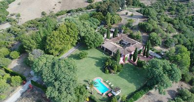 Photo for Magnificent estate with swimming pool at only 20 min from Sotogrande