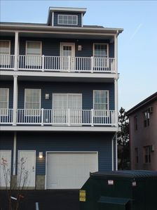 Photo for Beautiful Bayside Townhouse 4 BR/3.5BA