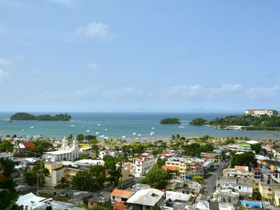 4 rooms Caribbean atmosphere facing the sea, large private terrace Capacity 8 pers.