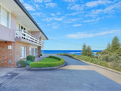 Photo for Toowoon Bay Beachside Unit, Unit 4