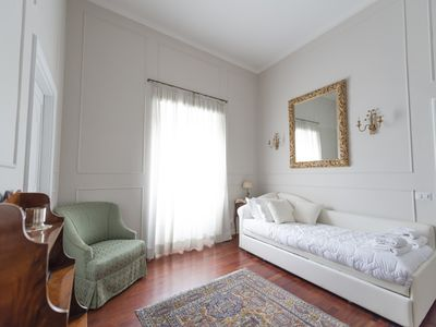 Photo for Lovely one bedroom apartment at the Spanish Steps