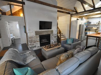 Photo for Charming Carriage House in Niagara Falls