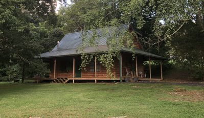 Photo for Private retreat cabin with all the amenities!