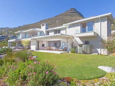 Photo for Luxury, self catering property with the best view in Cape Town.
