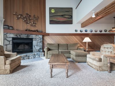 Photo for Squaw Condo, sleeps 10,   Comfortable family friendly, spacious town home in Squaw Valley