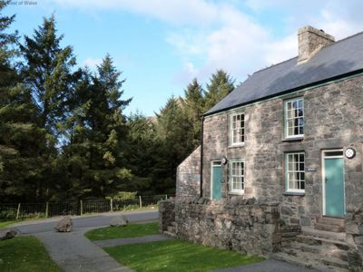 Photo for Vacation home Dwy in Llithfaen - 4 persons, 3 bedrooms