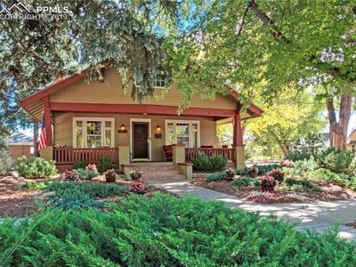 Photo for Authentic Craftsman Bungalow w/ Hot Tub