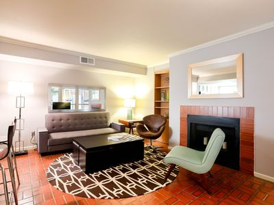 Photo for Downtown on 4th - 2br/2ba - Steps from Convention Center. Pool!