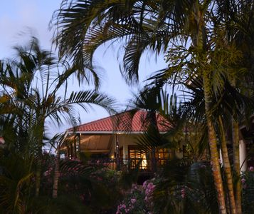 BEACH, GOLF, DIVE- Private 3 bdrm, Fully Air Conditioned 1620 sq ft Villa