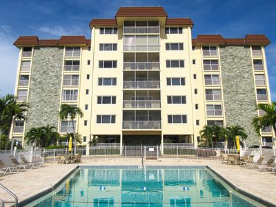 Photo for Sand Caper Beachfront Condo With Spectacular 7th Floor View of the Gulf!