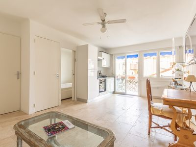 Photo for 1BR close to the rue d'antibes Vaneau