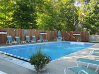 Great location within walking distance of downtown Bar Harbor.