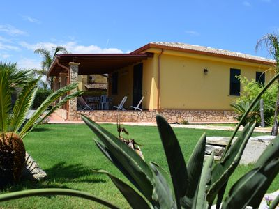 Photo for Mediterranean villa - 150 meters from the promenade of Cefalu