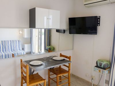 Photo for Lovely apartment for 2 guests with WIFI, A/C, TV and balcony