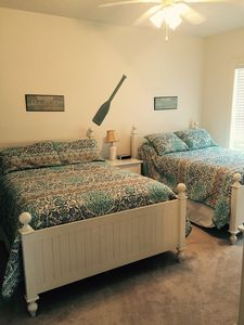 Bedroom with 2 full size beds