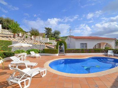 Photo for Saona Villas: Lloret de Mar, villa 5 people, private pool, 4 km to the beach