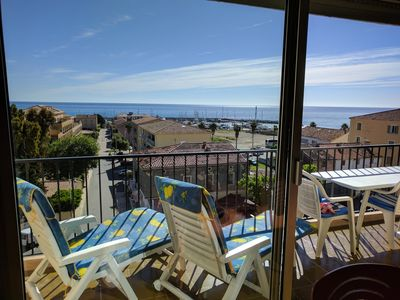 Photo for APARTMENT 6 to 8 people of 100 m², 300m from the beach, bright sea view 180 °