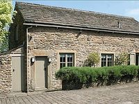 A lovely property in a convenient location for exploring the Peak District