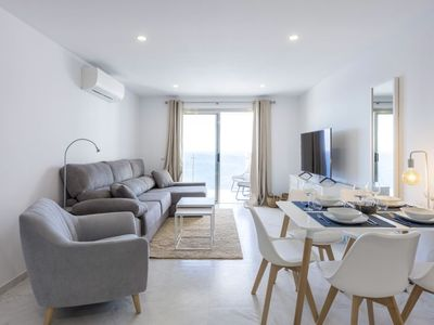Photo for Incredible apartment with sea views 4. 4