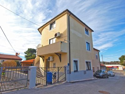 Photo for Holiday apartment Pomer for 4 - 6 persons with 2 bedrooms - Holiday apartment