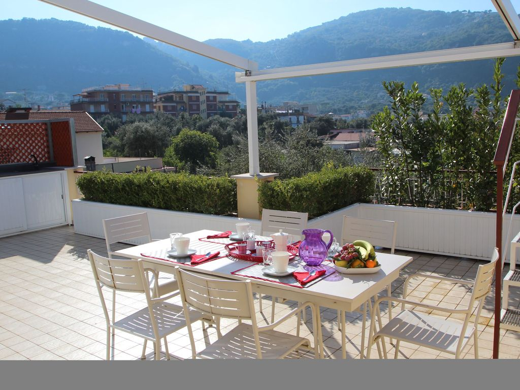 modern and sunny two master suites in sorre vrbo casa giada