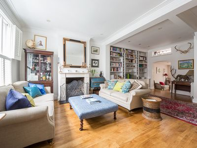 Photo for Very Comfortable & Spacious Fulham Family Short Let