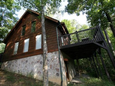 Photo for Owner operated, 4 bed/3bath 2600 sf cabin between Pigeon Forge and Gatlinburg