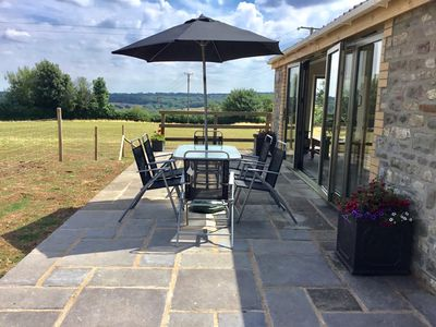 Photo for Superb single storey barn conversion in  beautiful Somerset  countryside.
