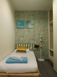 Photo for Budget Single Private in Center of Silom