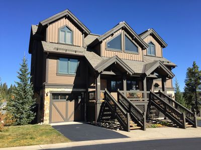 Photo for Gorgeous Ski-in Ski-Out 3 Bedroom Townhouse in Breckenridge