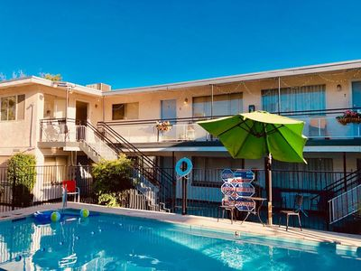 3BR,Apartment,NEW,Heart of LV,Strip,Family,Best,Deal,clean,SALE,STYLE,LVCC,
