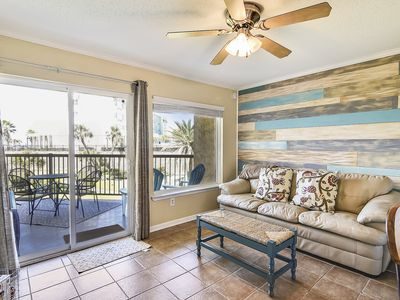 Photo for Maravilla 117 - 1/1 with ocean and pool views from large balcony! Sleeps 6.