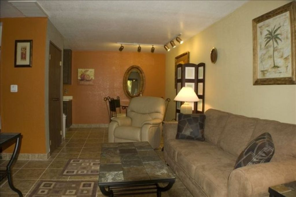 Palm Springs Condo in Beautiful Garden Setting  Close to Major Attractions. Palm Springs Condo in Beautiful Garden      HomeAway Palm Springs